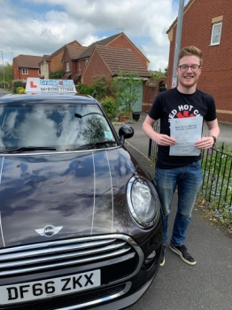 A big congratulations to Daniel Oakley, who has passed his driving test today at Newcastle Driving Test Centre, on his First attempt and with just 5 driver faults.<br />