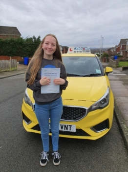 A big congratulations to Shannon Viggers, who passed her driving test today at her First attempt and with just 1 driver fault.Well done Shannon- safe driving from all at Craig Polles Instructor Training and Driving School. 🙂🚗Instructor-Paul Lees